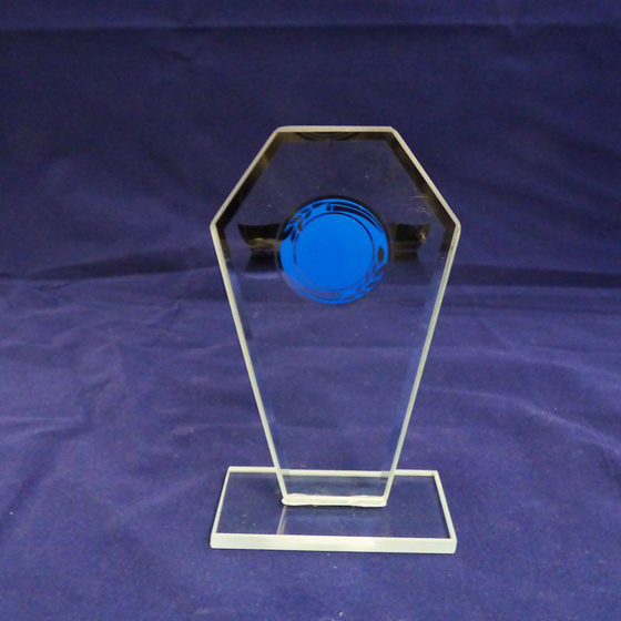 Picture of Freestanding glass plaque with blue laurel 135mm
