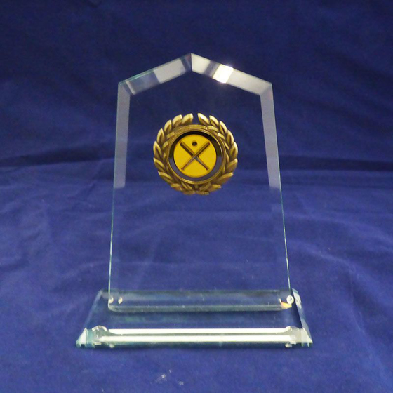 Picture of Square arched shaped Glass Award. 140mm