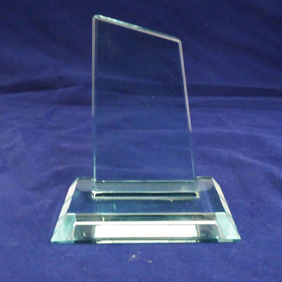 Picture of Angled Jade glass Award. 125mm