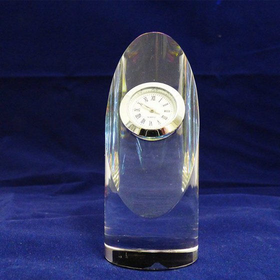 Picture of Optical oval-shaped glass clock 115mm