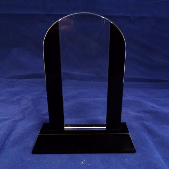 Picture of Arched shaped glass award with black glass edges 275mm