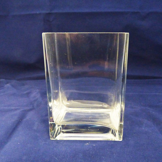 Picture of Rectangular Glass Vase. 140mm