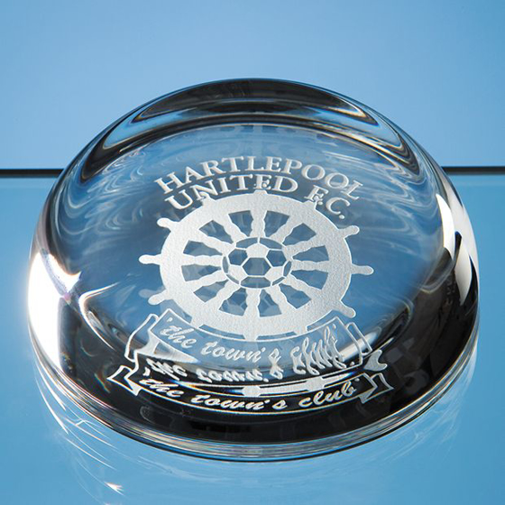 Picture of 8.8cm Optical Crystal Flat Top Dome Paperweight
